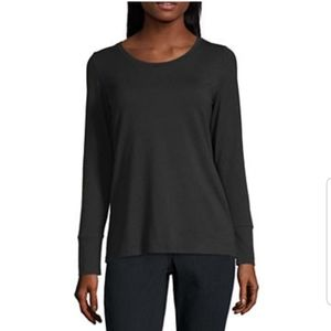 a.n.a. Round neck Long Sleeve Tshirt in Black
